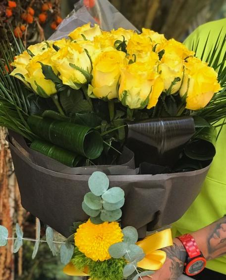 Özel Sarı Güller